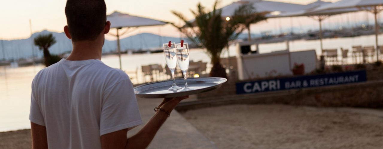 COMEDOR SOBRE EL MAR Hotel Capri